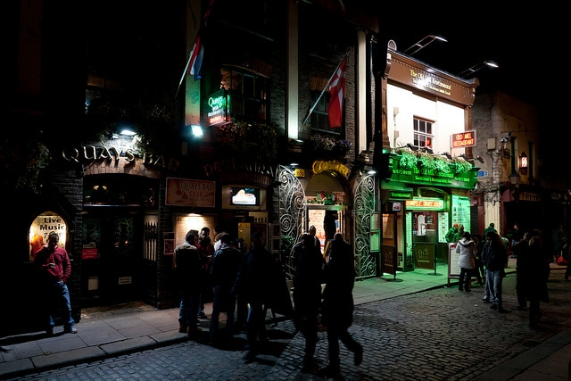 student bars in dublin, what pubs to go to in dublin, where to party in dublin