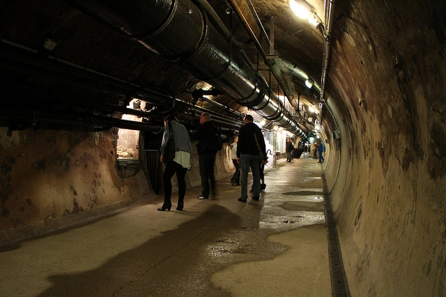 what to do in paris study abroad sewers