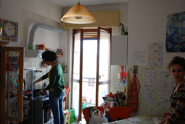 study abroad housing, study abroad apartments, how to find a flat for study abroad