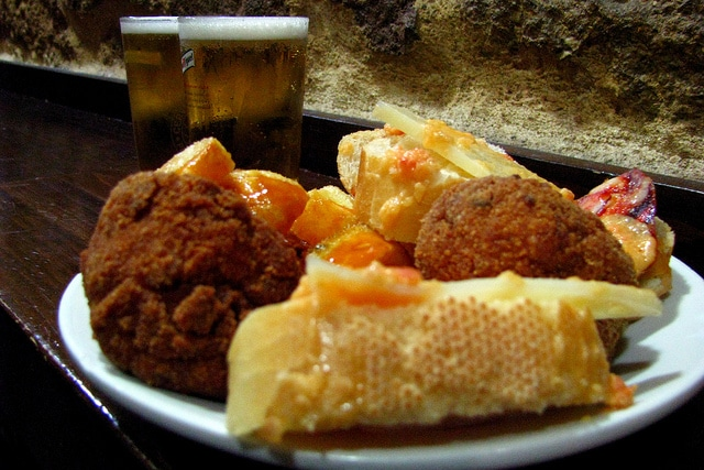 where to eat tapas in madrid, cheap eats in madrid