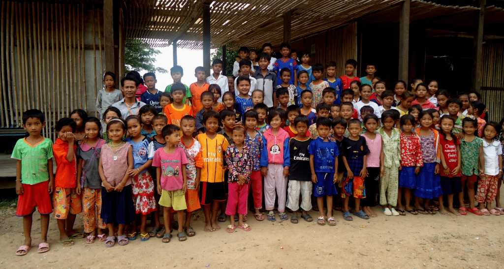 Volunteering travel experiences in Cambodia - while traveling in Cambodia, try one of these ethical travel/volunteering experiences.