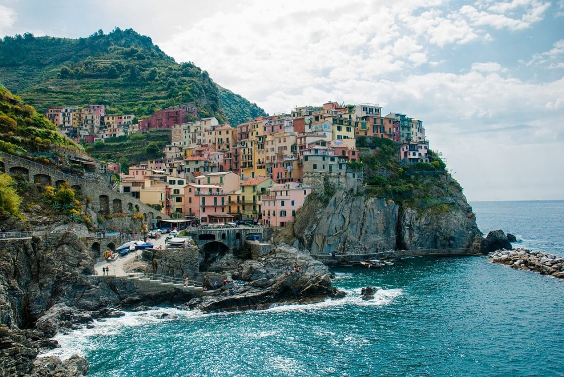 Where to go on the weekends when studying abroad in Florence. The Cinque Terre is just a train ride away and I think it deserves more than a day trip to enjoy the beaches, food and its hiking paths.
