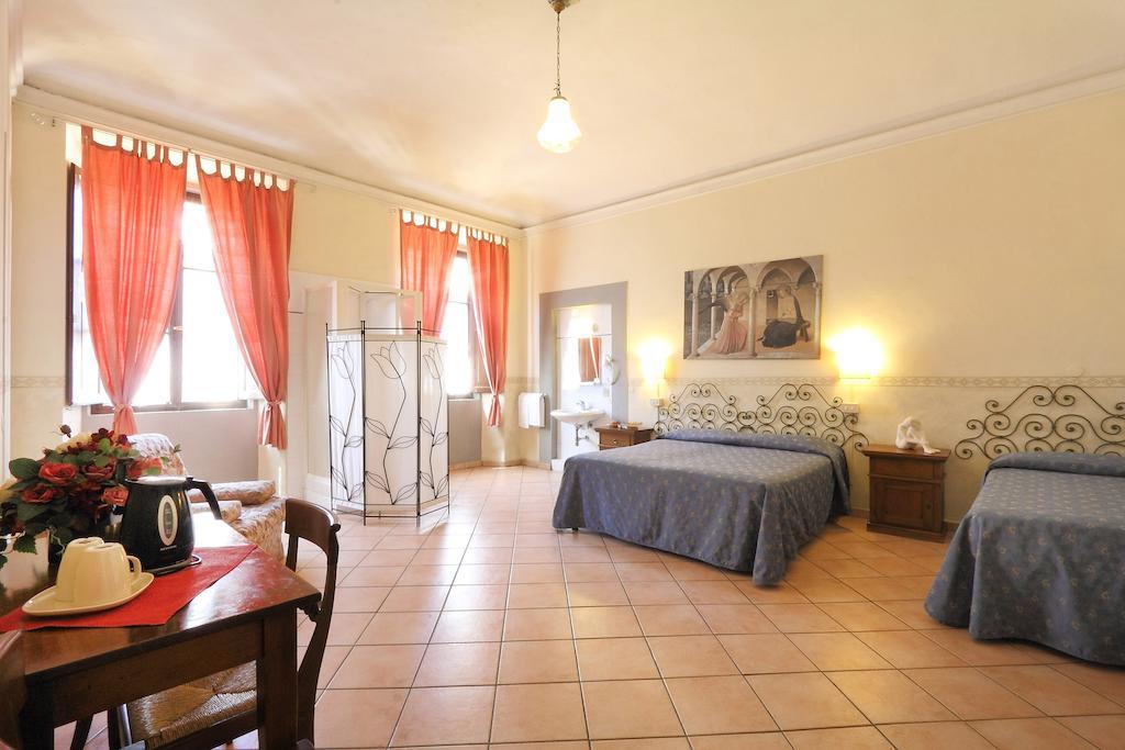 Best hostels in Florence for older travelers - Bavaria Hotel
