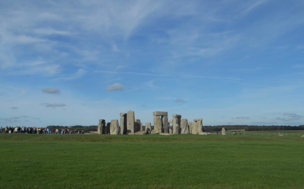 visiting stonehenge during study abroad, study abroad near stonehenge
