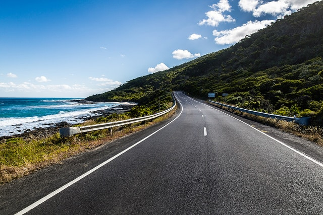 great ocean road. things to do while studying abroad in australia