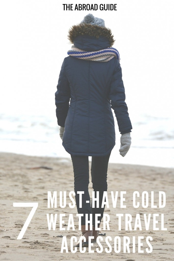 Best Cold-Weather Items to Bring When Traveling - a list of what travel accessories to pack and bring with you on a cold weather trip abroad. Keep warm while traveling this winter with these 7 accessories that will help you stay warm while on cold walking tours and doing activities like skiing.